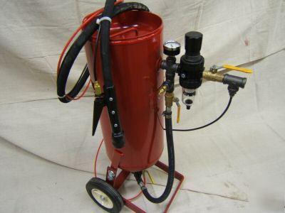 Portable Pressure Sandblaster Sand Blaster Professional Adimage on Sandblaster Parts