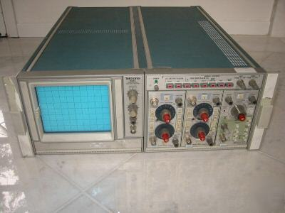 Tektronix 5223 10MHZ digital storage oscilloscope- used