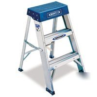 Werner 2 Foot 300 Pound Duty Rating Aluminum Step Stool