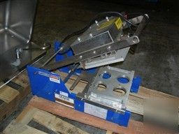 Used: oliver table top self-actuating tray lidder, mode