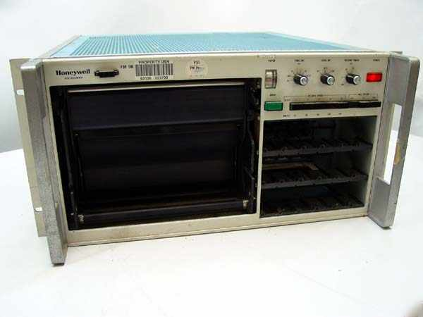 Honeywell 1858 visicorder chart recorder rack mount